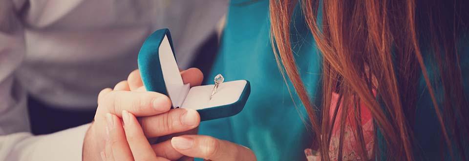 Verlobungsringe z.B in Weißgold online kaufen