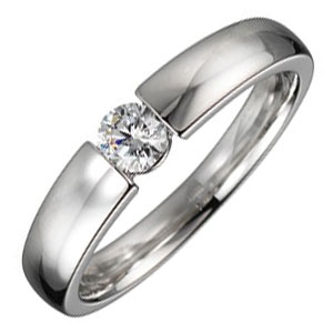 schlichter Verlobungsring als Spannring