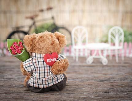 Schmuck & Verlobungsringe zum Valentinstag