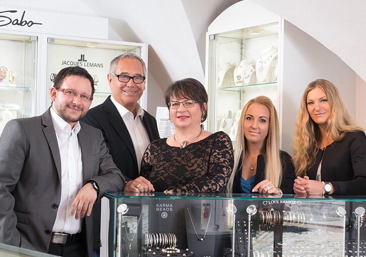 das Team von Juwelier Waschier - dein Online Juwelier
